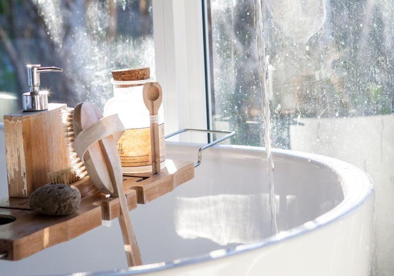 Body brush in bath 1